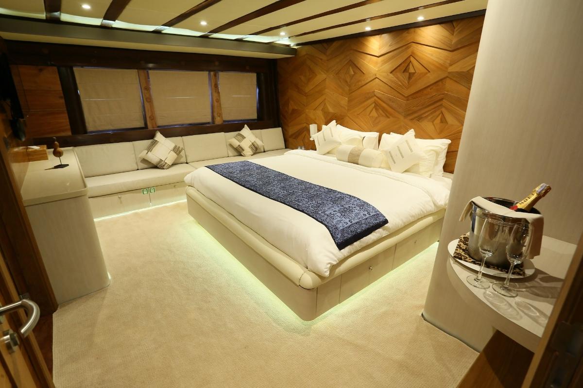 UIY_cabin trips_LAMIMA_02.jpeg