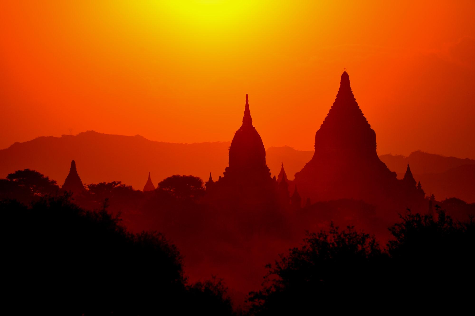 Bagan Sunset high res.JPG