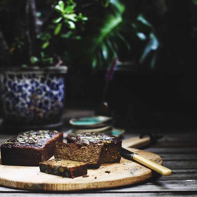 "They say you should never mess with a classic.  Welllll.... sometimes you should. 😋 This banana bread is so moist and satisfying. It steers clear of the large amounts of refined sugar and highly processed flour traditionally found in the 'classics'. All the goodness is as close to their original source as possible and are loaded with fibre, protein, good fats and vitamins. Banana sugar, blended nut butter, nut milk and pulsed GF oats with coconut flour. This means you keep blood sugar levels on an even keel and that makes for a happy body and mind.  Gluten-free. Dairy-free. Refined sugar-free  BANANA BREAD  6 ridiculously sticky ripe bananas 1 cup @bobsredmill rolled oats (pulsed) 1 cup @bobsredmill coconut flour 2 Tbspn baking soda 4 Tbspn @amazoniaco Raw vanilla prebiotic protein 2 Tbspn matcha @matcha_maiden Pinch pink Himalayan sea salt  4 large eggs 1 cup almond nut butter w chia (home-made) 1 cup almond milk (home-made) 1/2 cup coconut syrup 1/2 cup pepitas to top [Makes 2 loaves. Method in comments below]  SO GOOD as dessert, served warm with our ""healthy"" hot caramel sauce (but that's another story and a whole other post)  Eating consciously and with intention to optimal health is such a wonderful, creative journey. It don't mean you can have 3 serves (guilty)🙊 It just means when you do feel like ""a little treat"", you know it's ""a lot good"" YAY.  Happy baking!! xox 🚀🐰✨💛✨🍌😋"