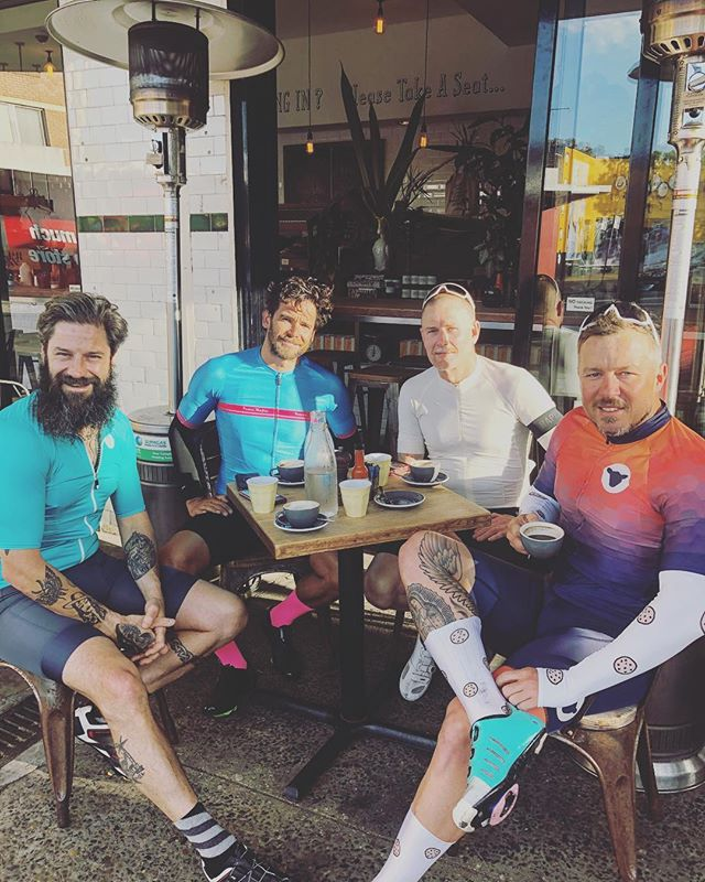 Chefs that cycle AU ° - Build a community that feeds your mind, fuels your passion and that likes coffee .... I've wanted this ride for the longest time, a jump off point for hospo's (hospitality workers ) who want to ride, chat, network and check in with each other! This is a ride not for the ego but for the mind and soul, and if you push your self, maybe the body !! Ride rolls out 5.30am from Albion cycles on a Tuesday morning ... hour and a half, coffee and chat !! Tag anyone you think may like to roll .... if you haven't ridden in a pack, or don't know the rules but keen on learning them, please DM me first !! ° Big love for these lads .. @felixclark @markthreeblueducks @markredlantern !! Missing @jameslroberts @chefjustinnorth 🚴🏾‍♂️🚴🏾‍♂️