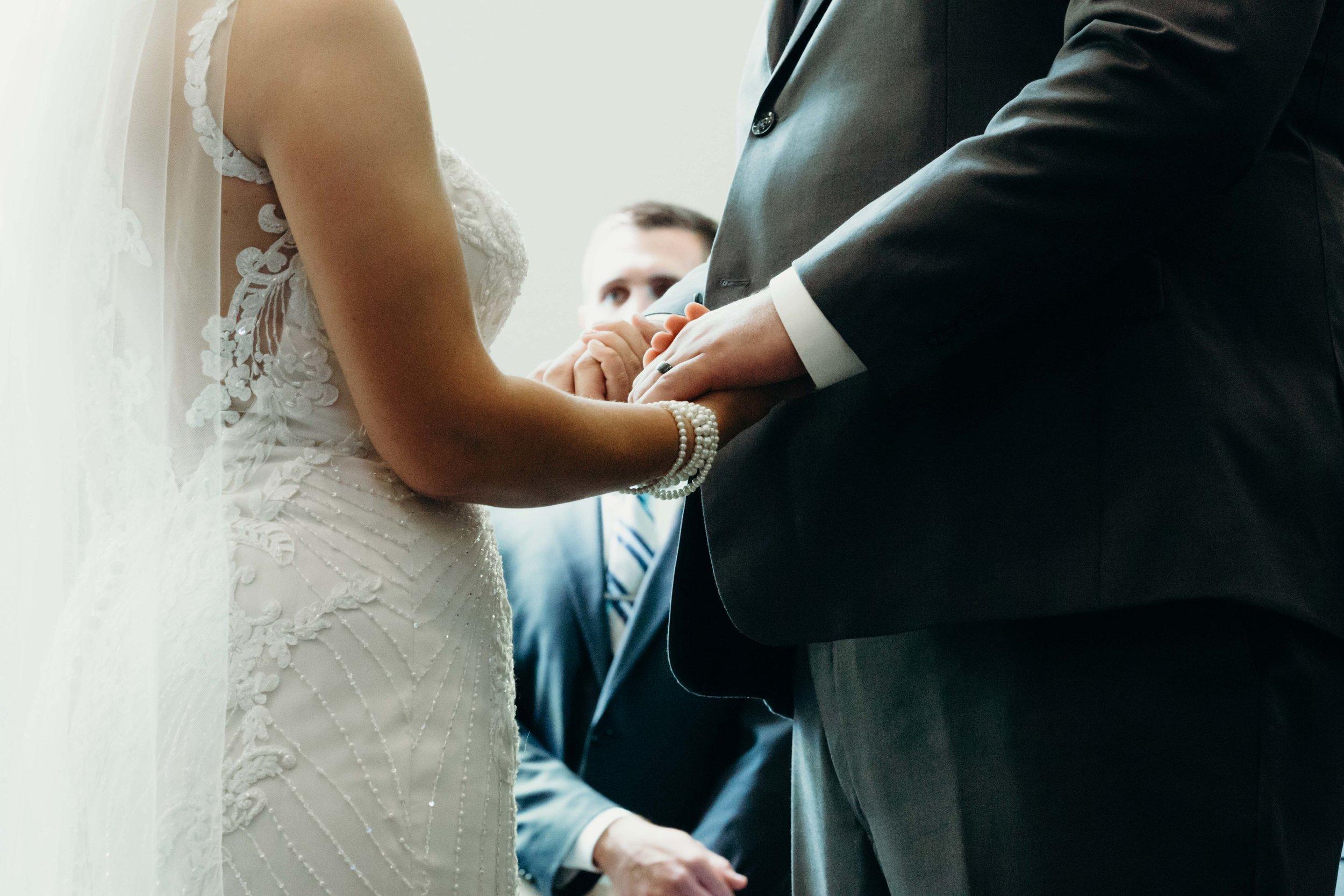 Iowa wedding_Dawn McClannan Photo-45.jpg