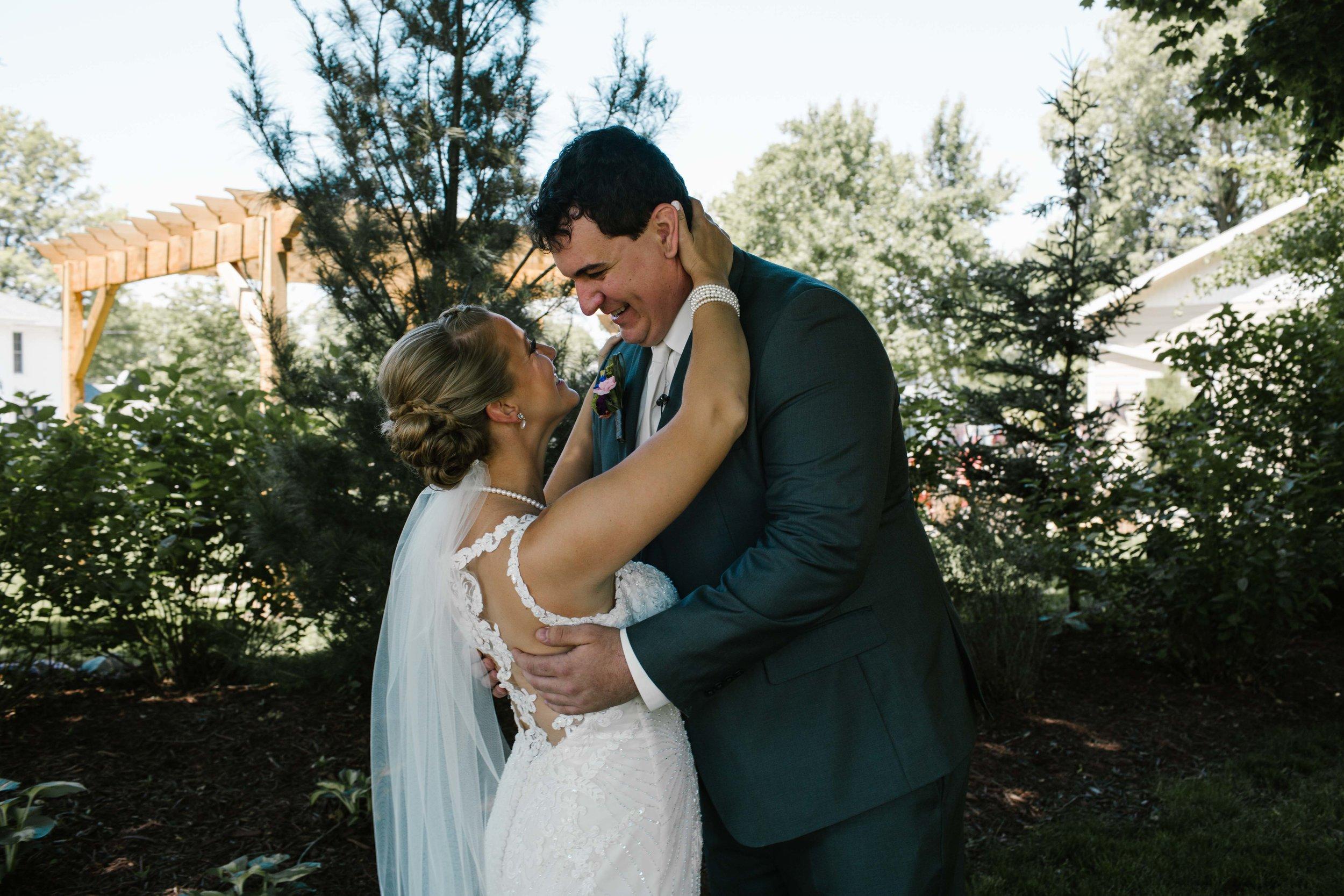 Iowa wedding_Dawn McClannan Photo-9.jpg