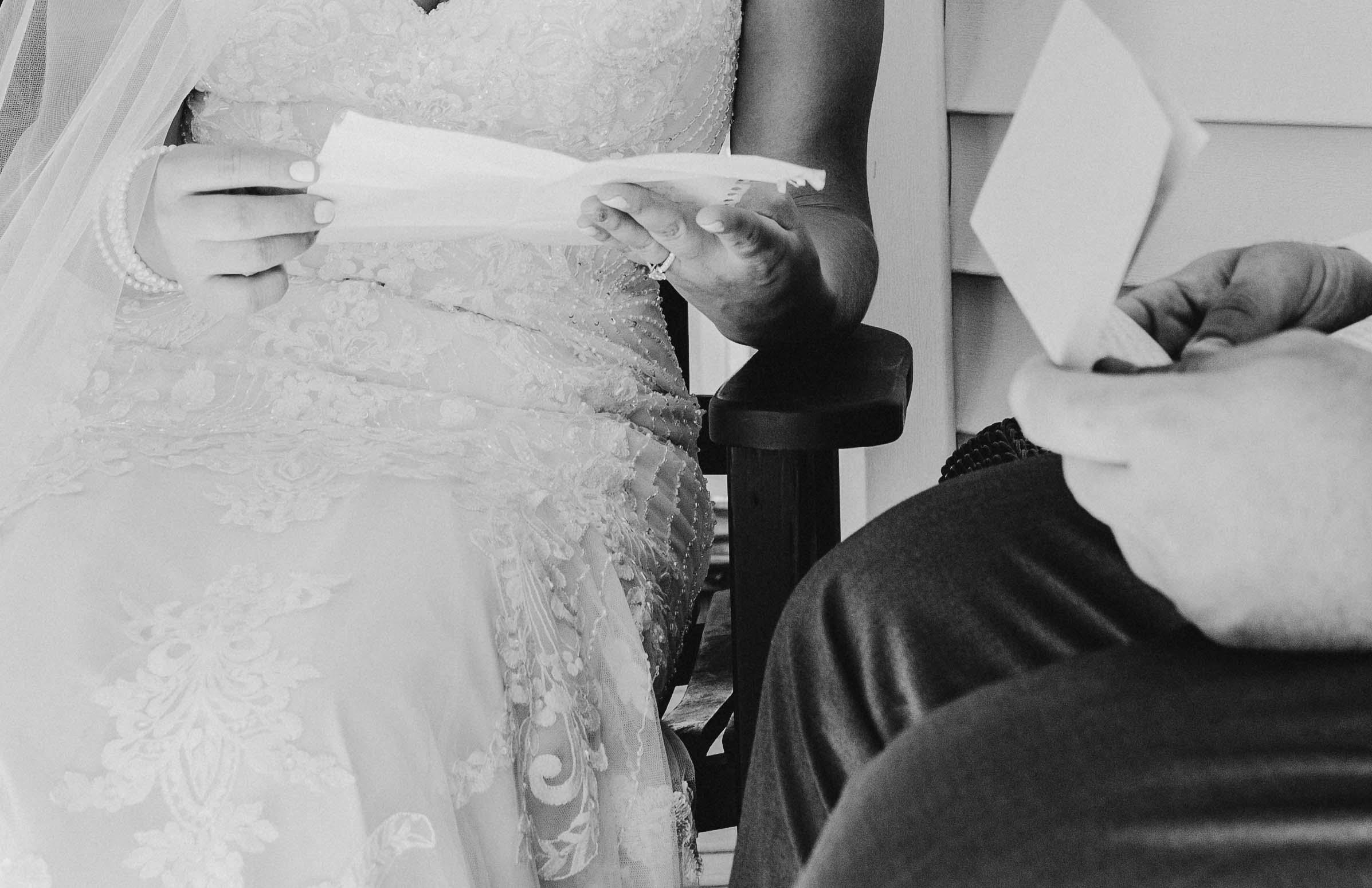 Iowa wedding_Dawn McClannan Photo-10.jpg