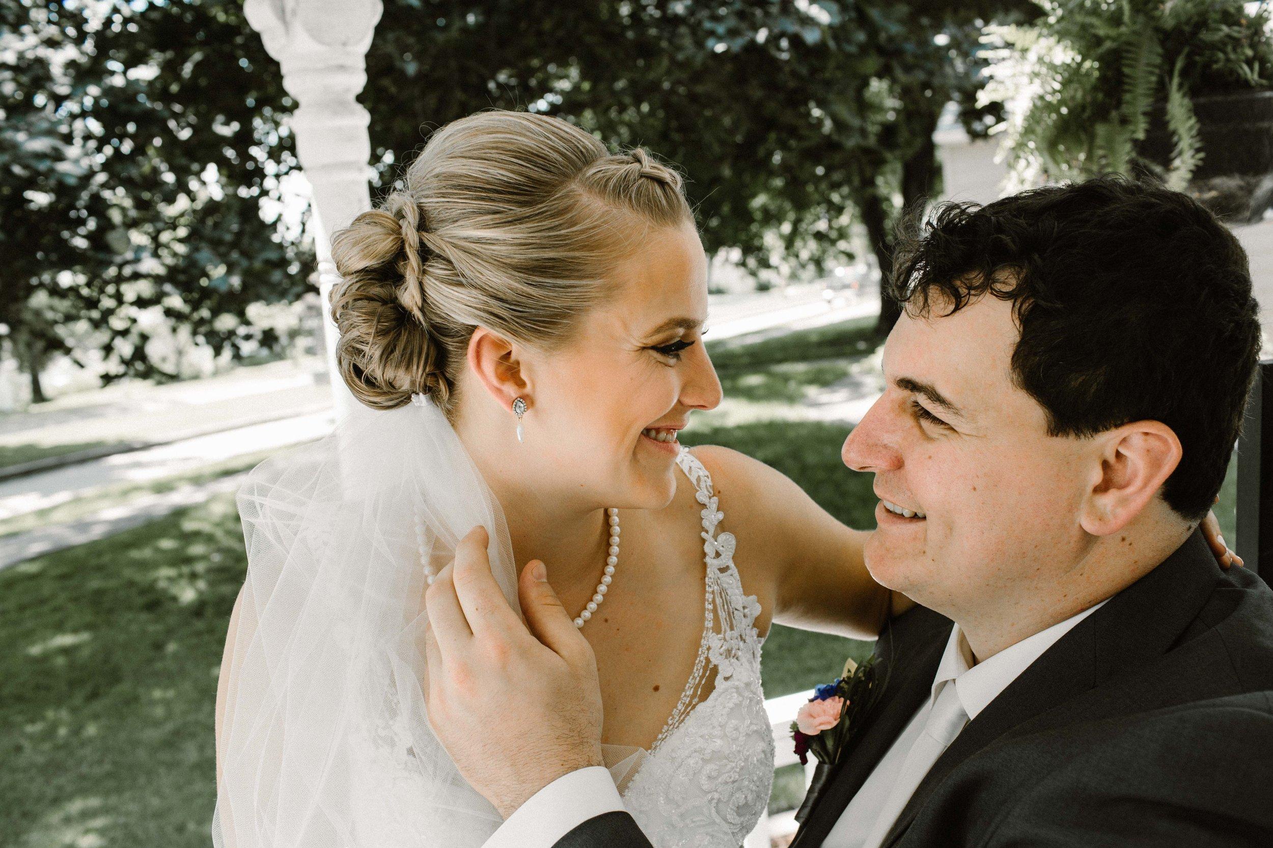 Iowa wedding_Dawn McClannan Photo-17.jpg
