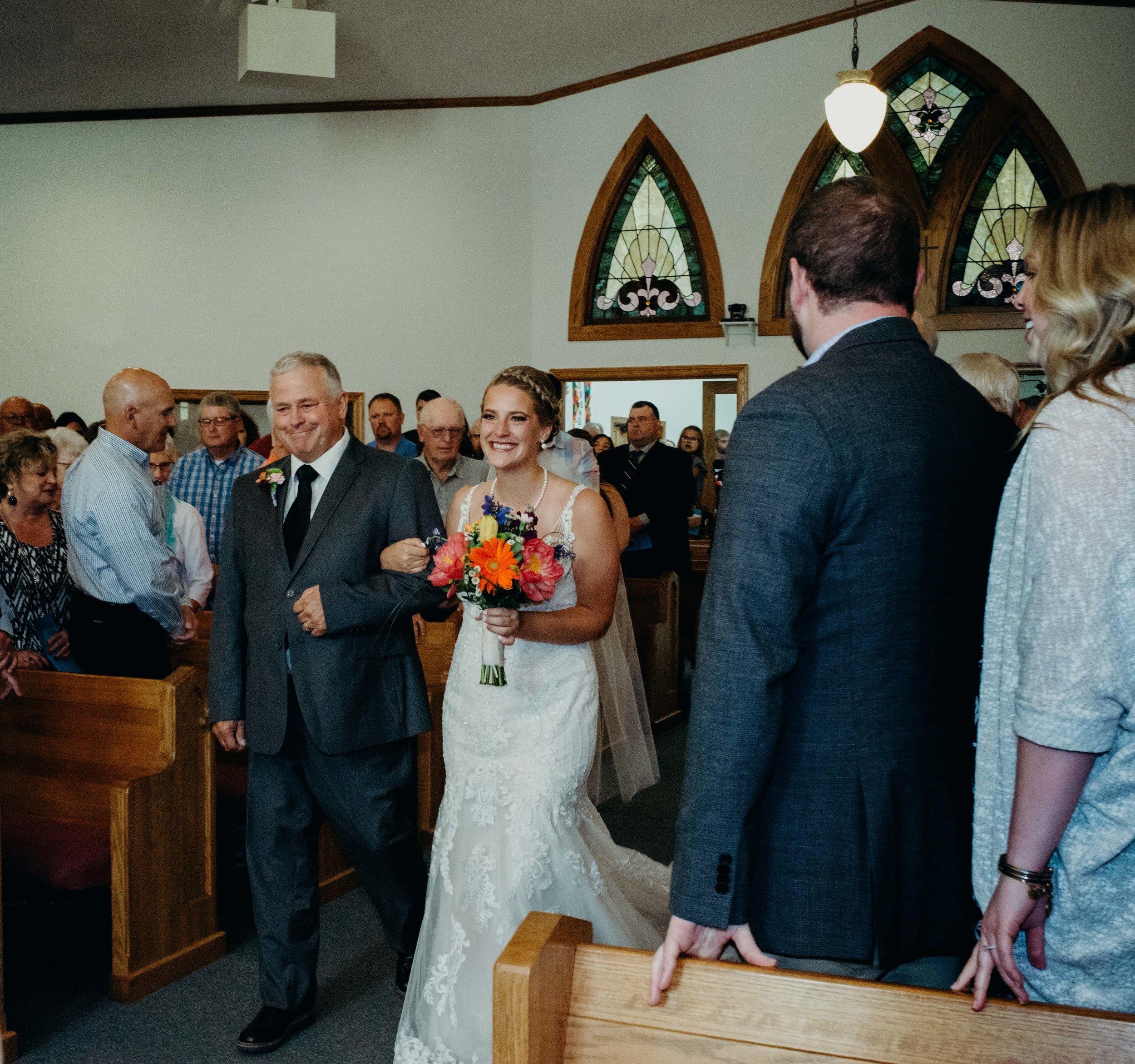 Iowa wedding_Dawn McClannan Photo-37.jpg