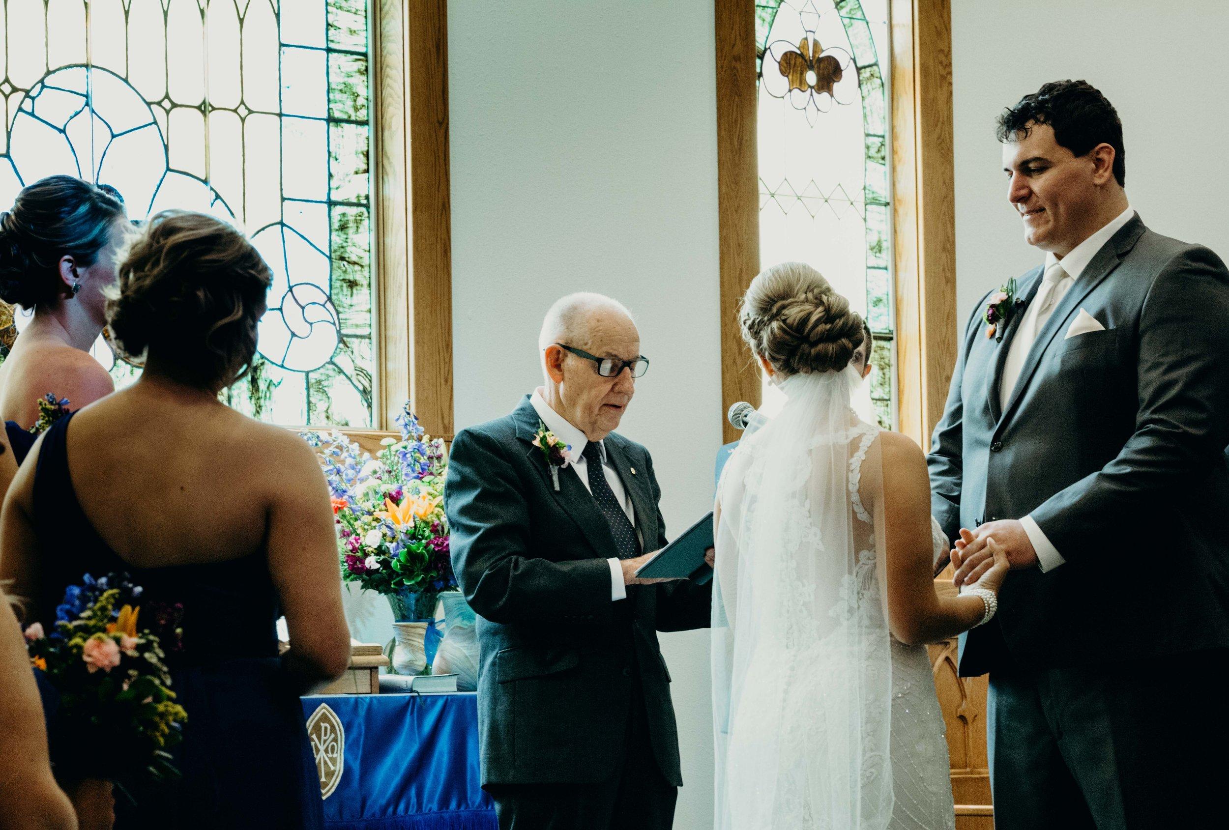 Iowa wedding_Dawn McClannan Photo-42.jpg