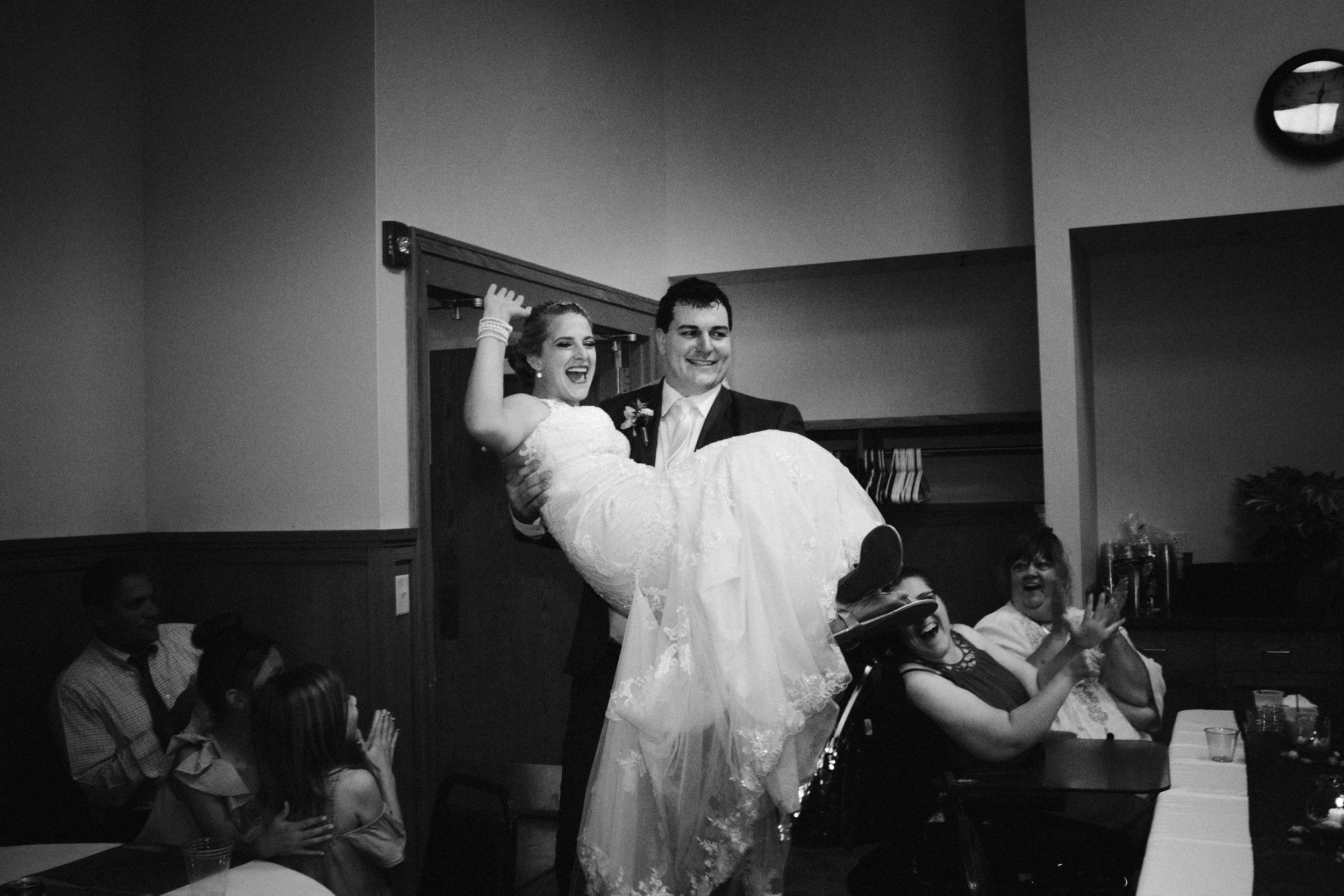 Iowa wedding_Dawn McClannan Photo-75.jpg