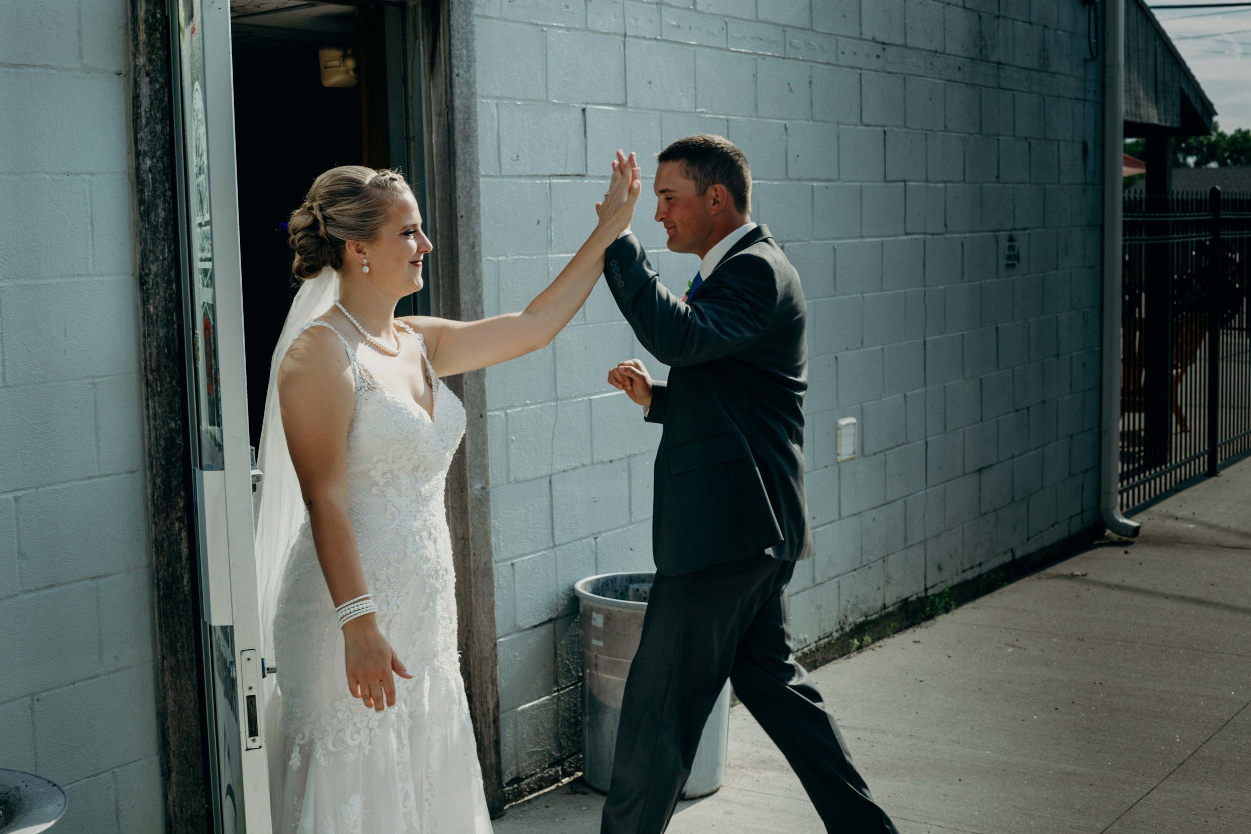 Iowa wedding_Dawn McClannan Photo-107.jpg