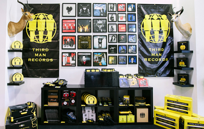 LollaShop13-5.jpg