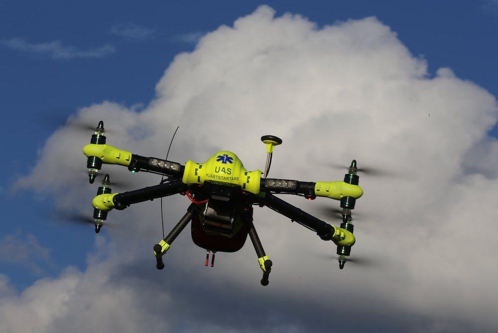 guardian-defib-drone-psfk.jpg