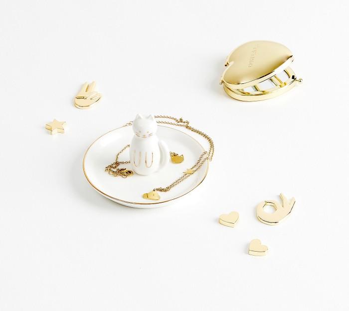 jewellery_dish_cat_shine_white_03_styled.jpg