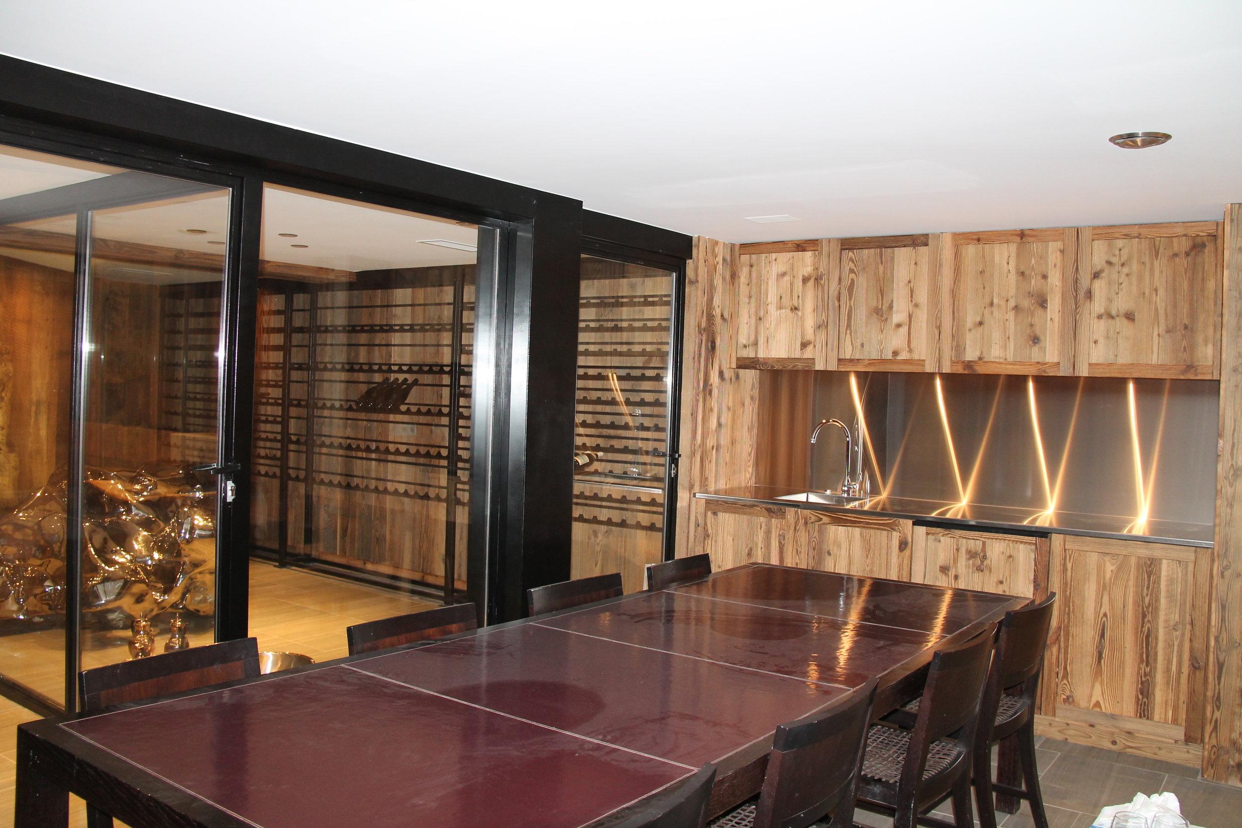 Chalet wine cellar Sajahé 2015.JPG