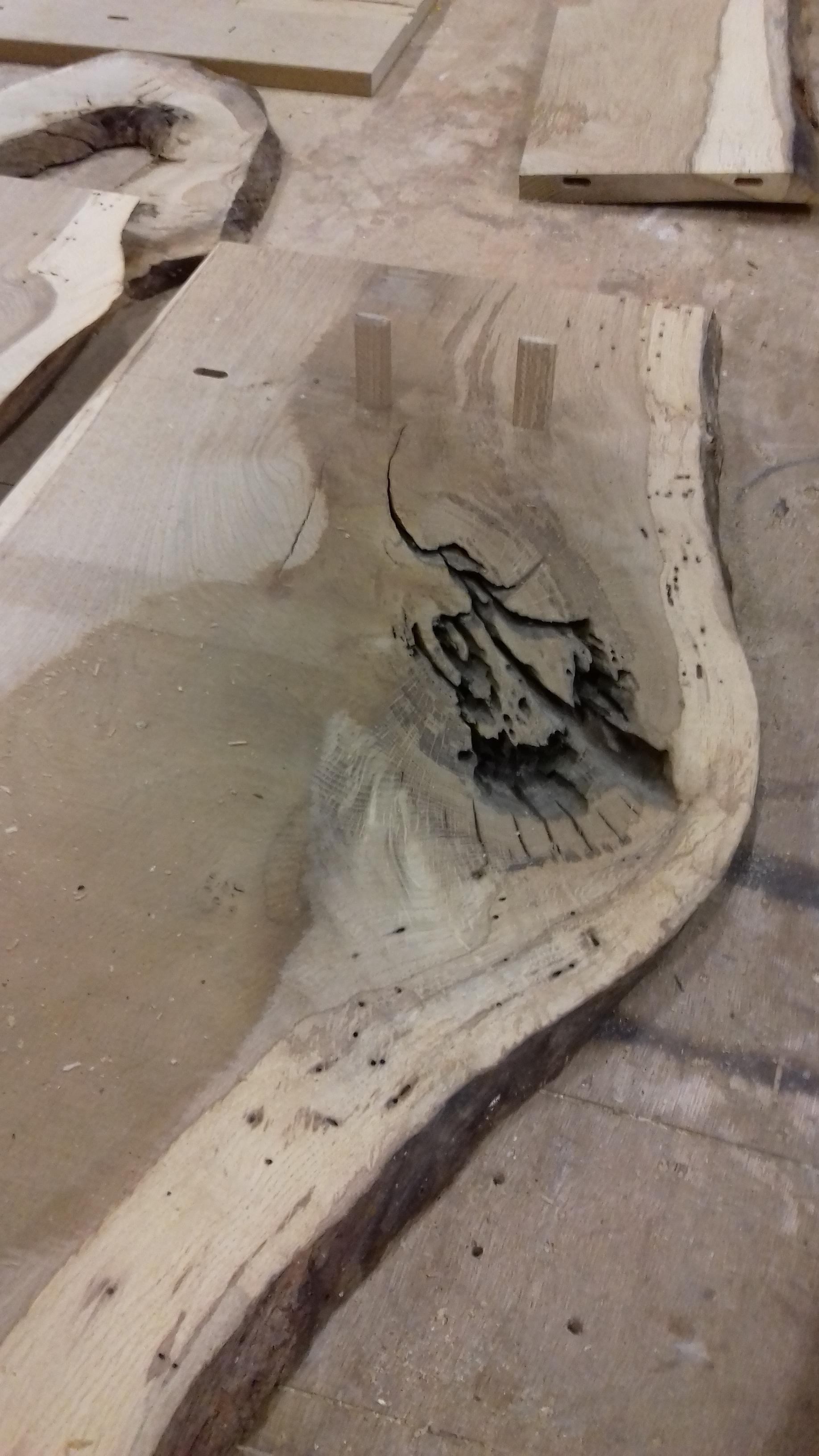 planche de chêne mon atelier partagé menuiserie Lyon.jpg