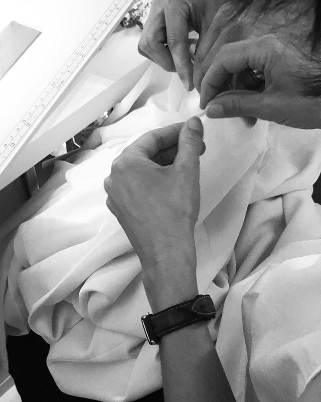 Sweet hands working #workinprogress #weddingdress #madeinparis #handmade #handwork #sophiebas #dresses #highend #beautifulteam #greatfulness