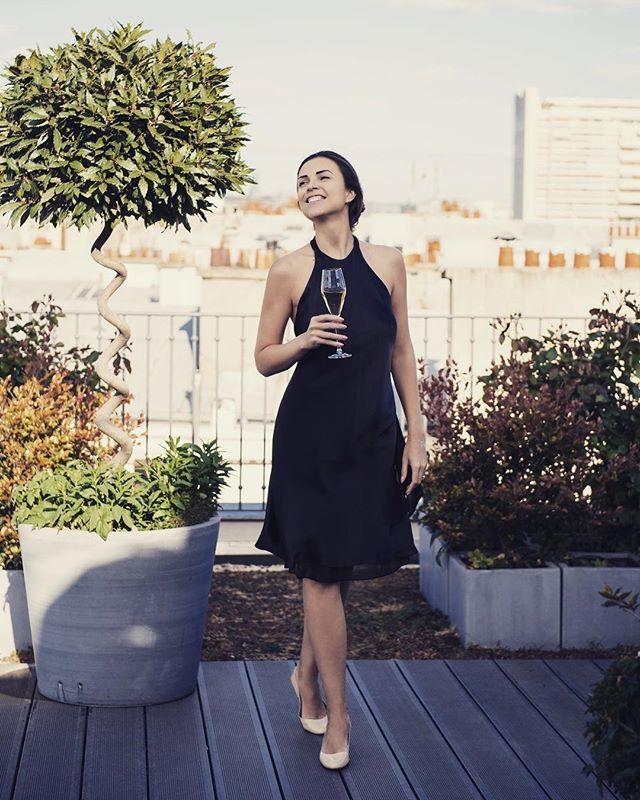 Today w/ shinny and beautiful @annacossack 🌺 #thankyou #dress #summer2017 #sophiebas #sunisback #paris