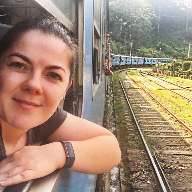 First solo travel adventure ✈️ Train from Kandy ➡️ Ella, and climbing to the top of Siguriya Rock. Sri Lanka is such a beautiful country, can't wait to see more of it now.