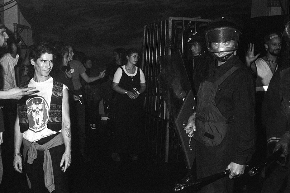 Velvet Rev Middx Uni 8 Oct 94