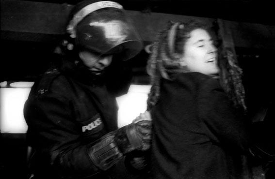 Riot copper Makes An Arrest Wanstonia
