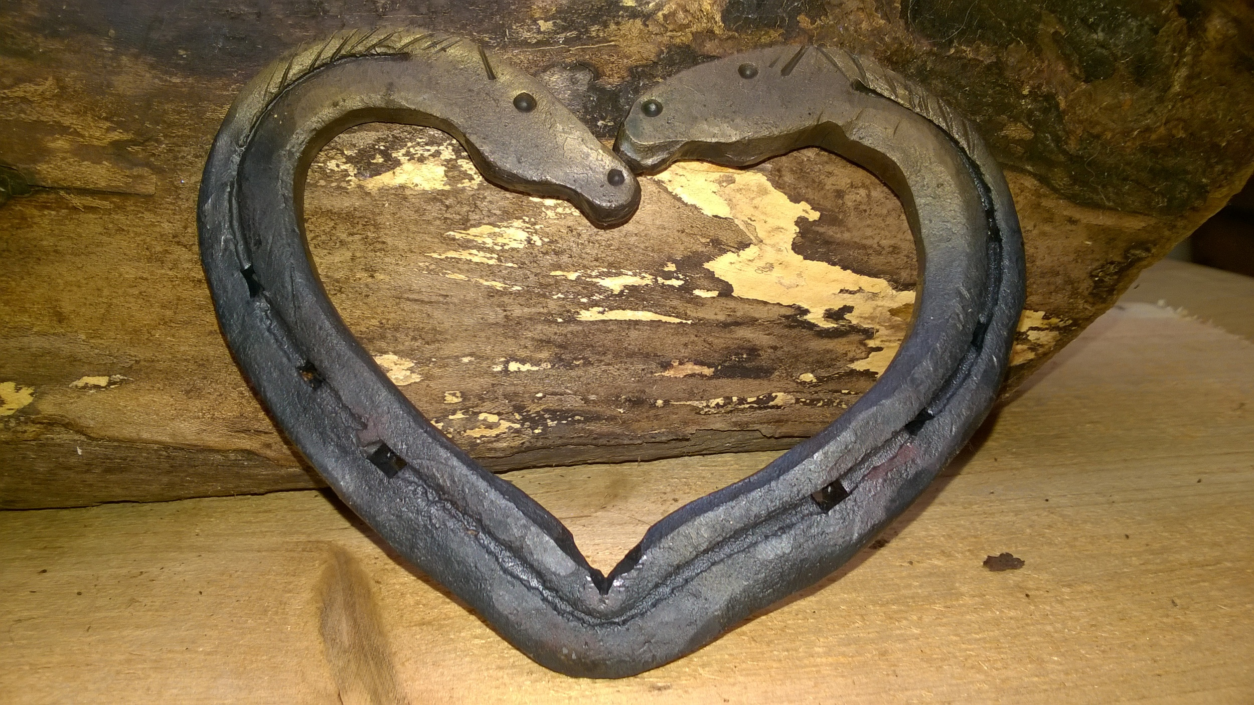 kissing horsehead heart £30