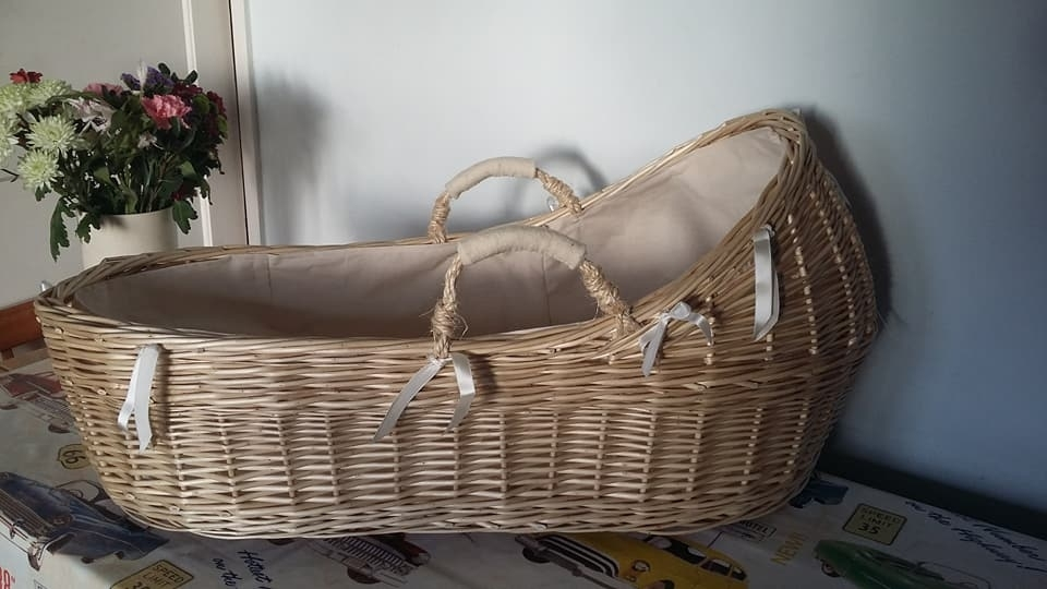 White Willow Baby's Crib £105