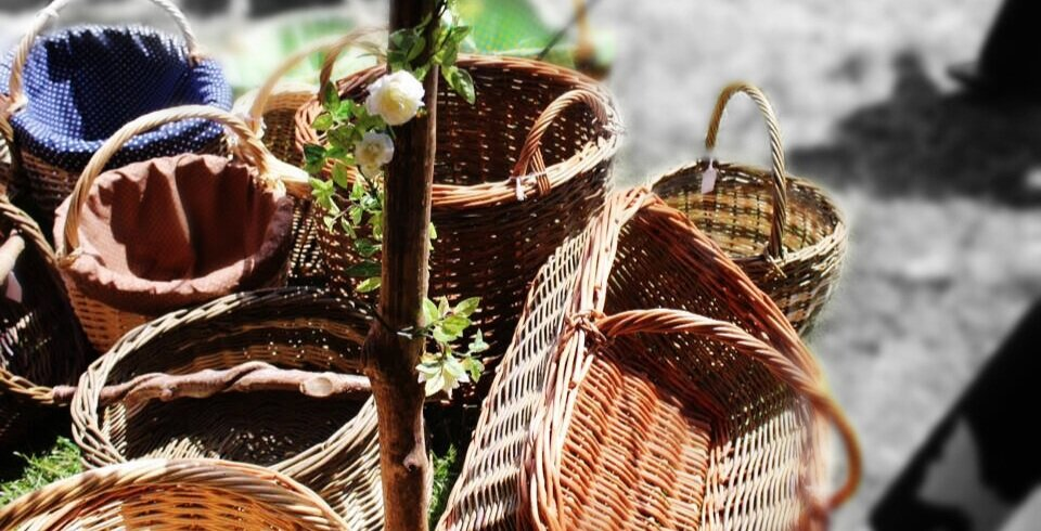 Willow Baskets - Cradles, baskets, dog beds and much more! Willow Baskets are long-lasting, eco-friendly and look wonderful. Discover our wide range of hand-made designs, suitable for all stages of life.