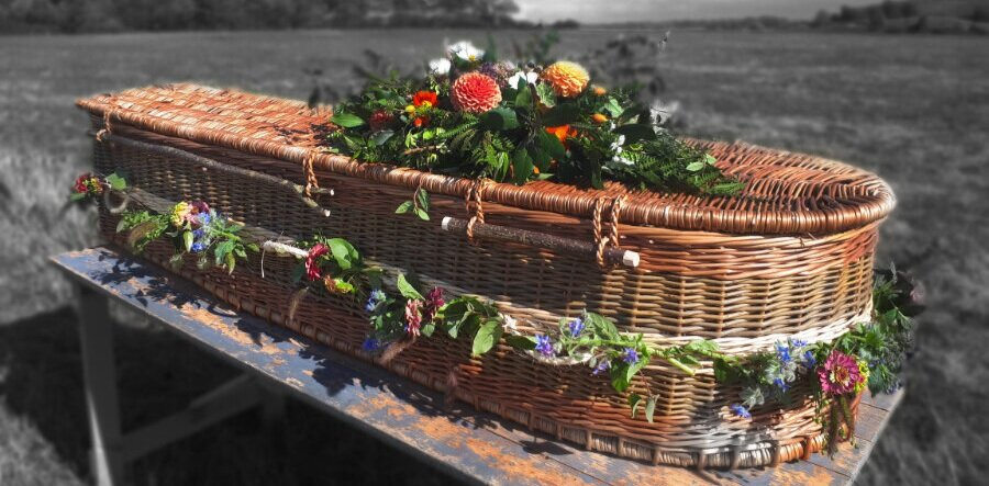 Willow Coffins - Also known as wicker coffins, basket coffins, burial casks, eco-coffins, green coffins and bio degradable coffins, they are eco-friendly, 100 percent bio-degradable and suitable for traditional and alternative burials.