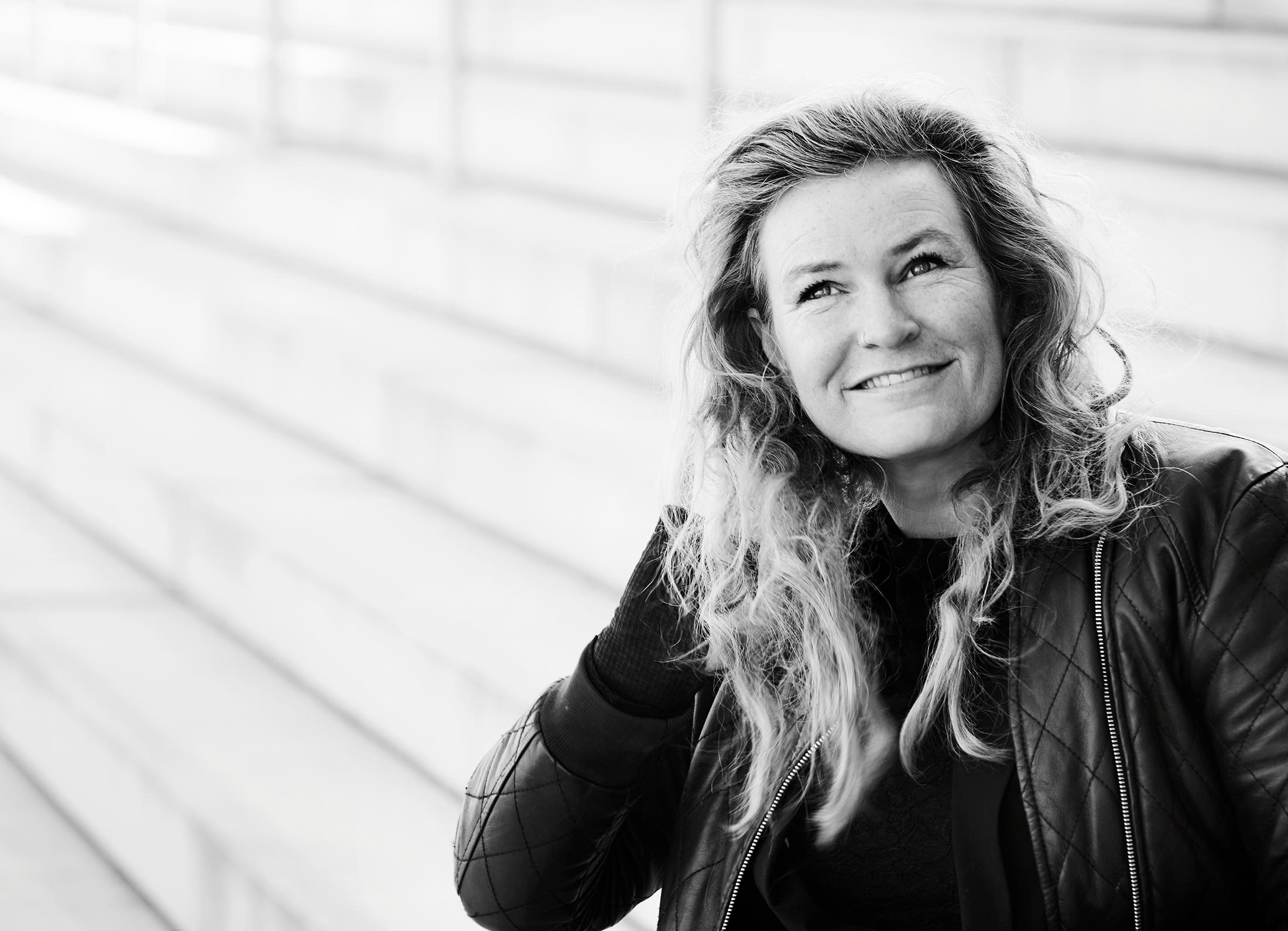 FAMILIE-      TERAPEUT, PERSONLIG COACH / SIGNE KJÆR HØIBERG