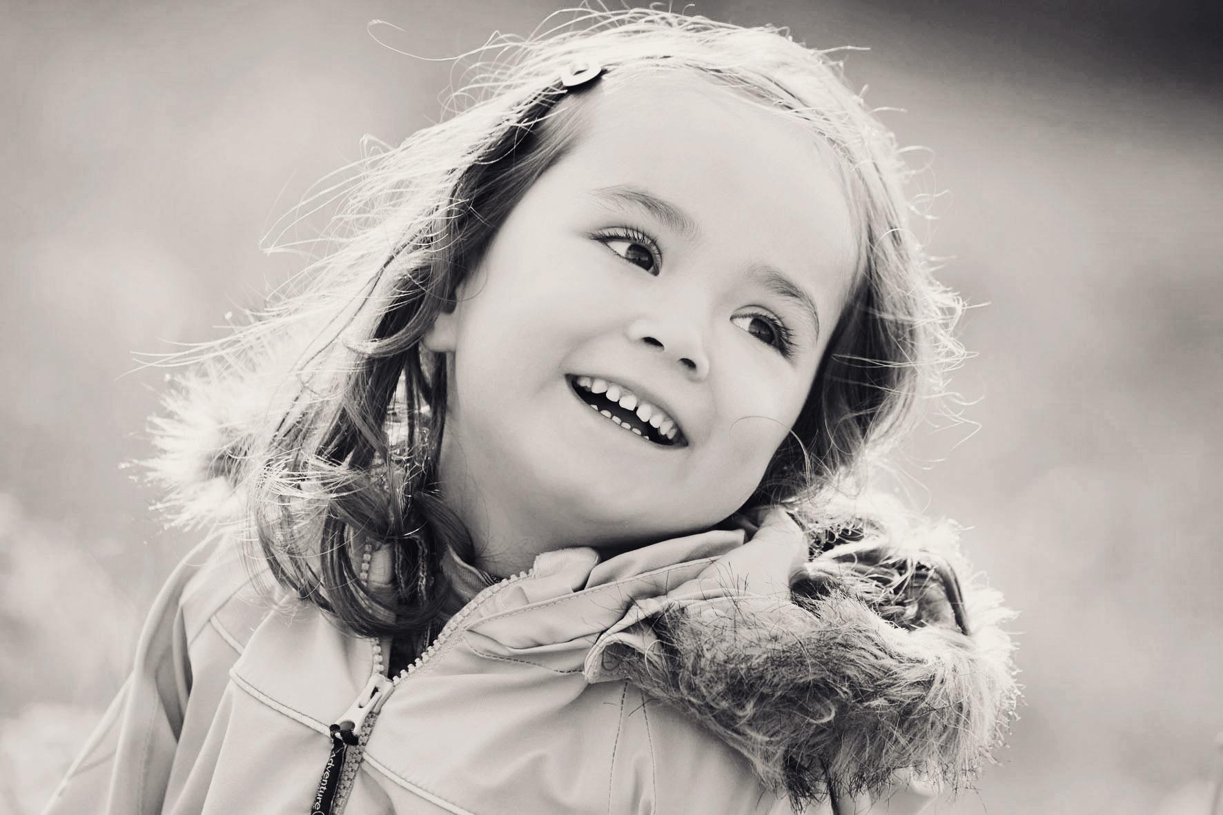 LAURA_MATHILDE_SOFIA_V0271_SH_WEB.jpg