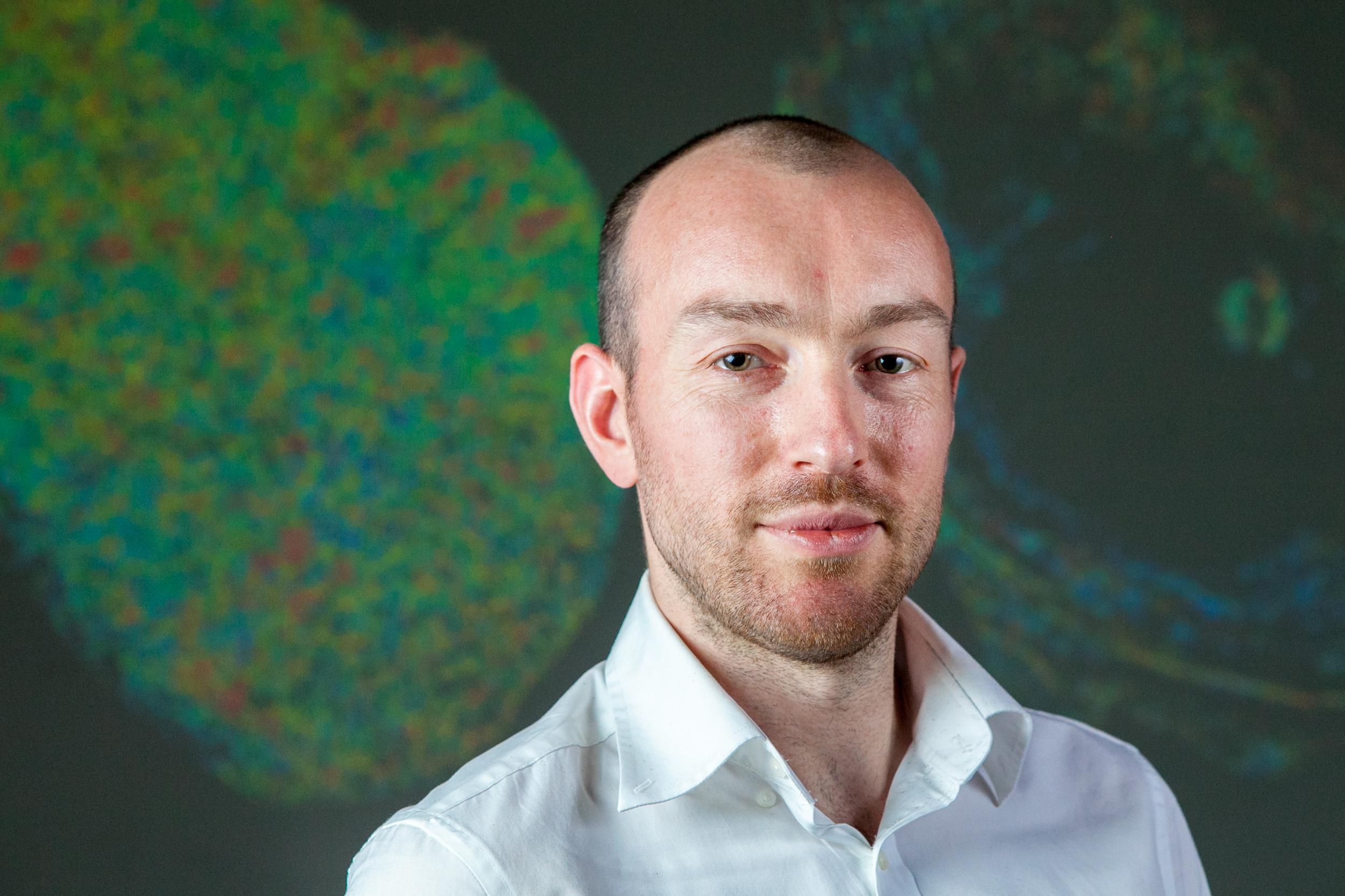 Dr Simon Walker-Samuel  Wellcome Trust Senior Research Fellow    Group Leader