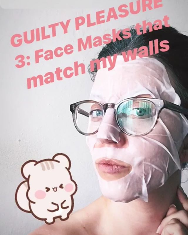 #Fbf to when Amanda listed her GPs. Still love a face masks &  #SelfCare. This weeks episode is all about self care, therapy, and bubble baths. 🔗in bio