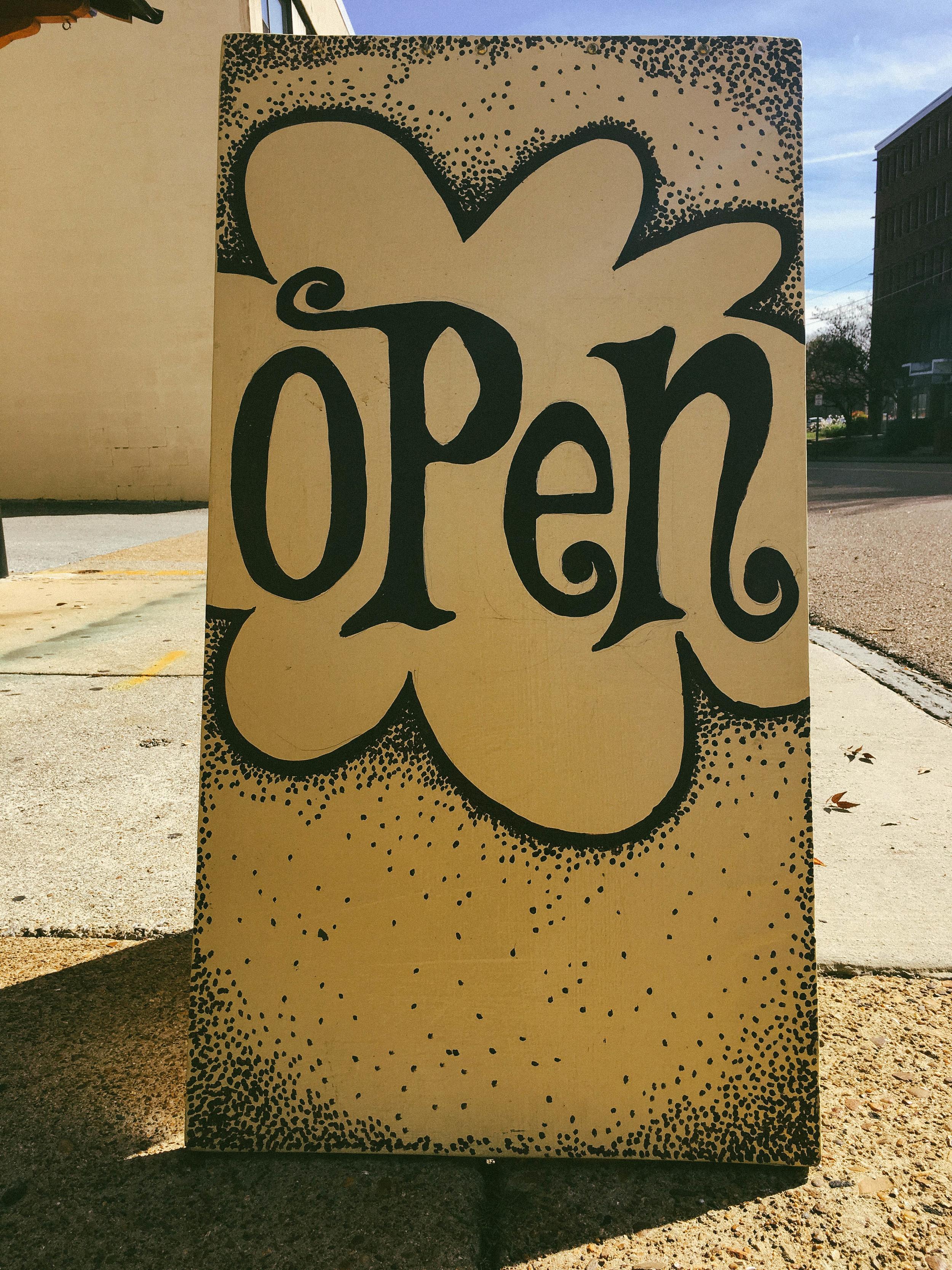 yellow_deli_open