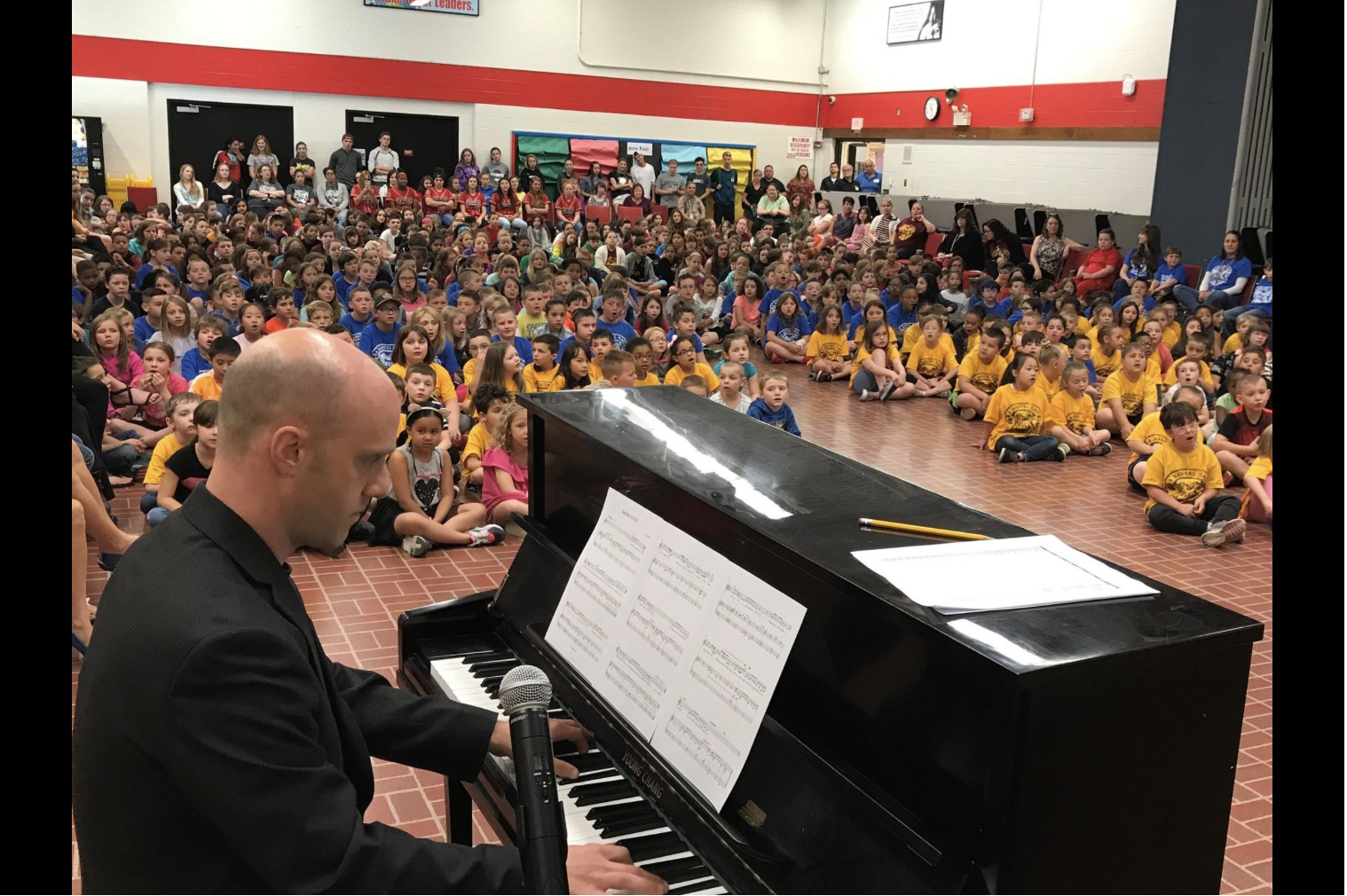Leadership Day - On June 7th, I was asked back to my old elementary school. The school has such devoted teachers and such an incredible spirit. I was able to hear almost 400 children beautifully sing the alma mater I composed for them last December. I learned that they sing it every Friday at school. Click HERE for a news article on leadership day.