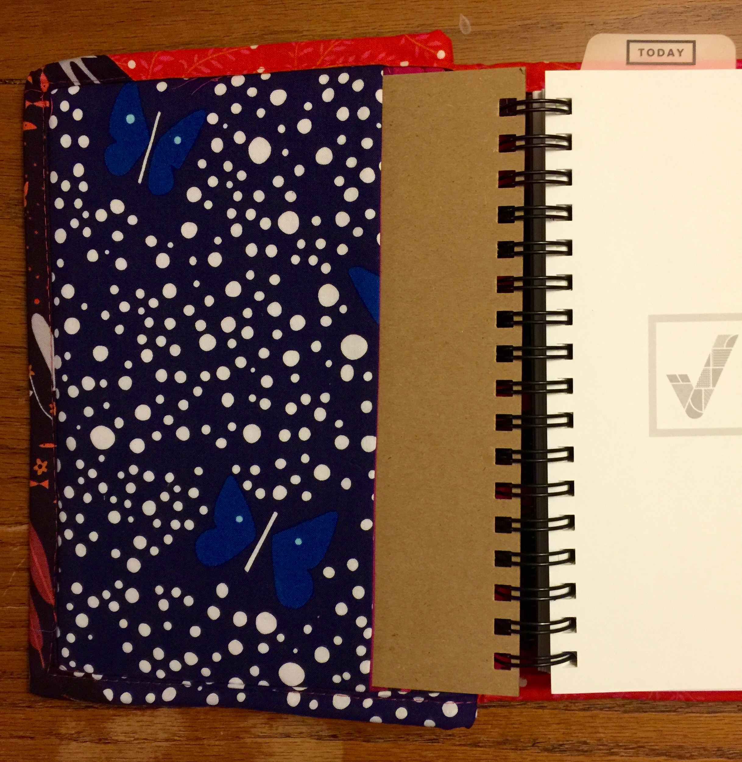 Quilted Planner Cover for the 2016 Get To Work Book + suggestions on how to adapt the size to fit any planner