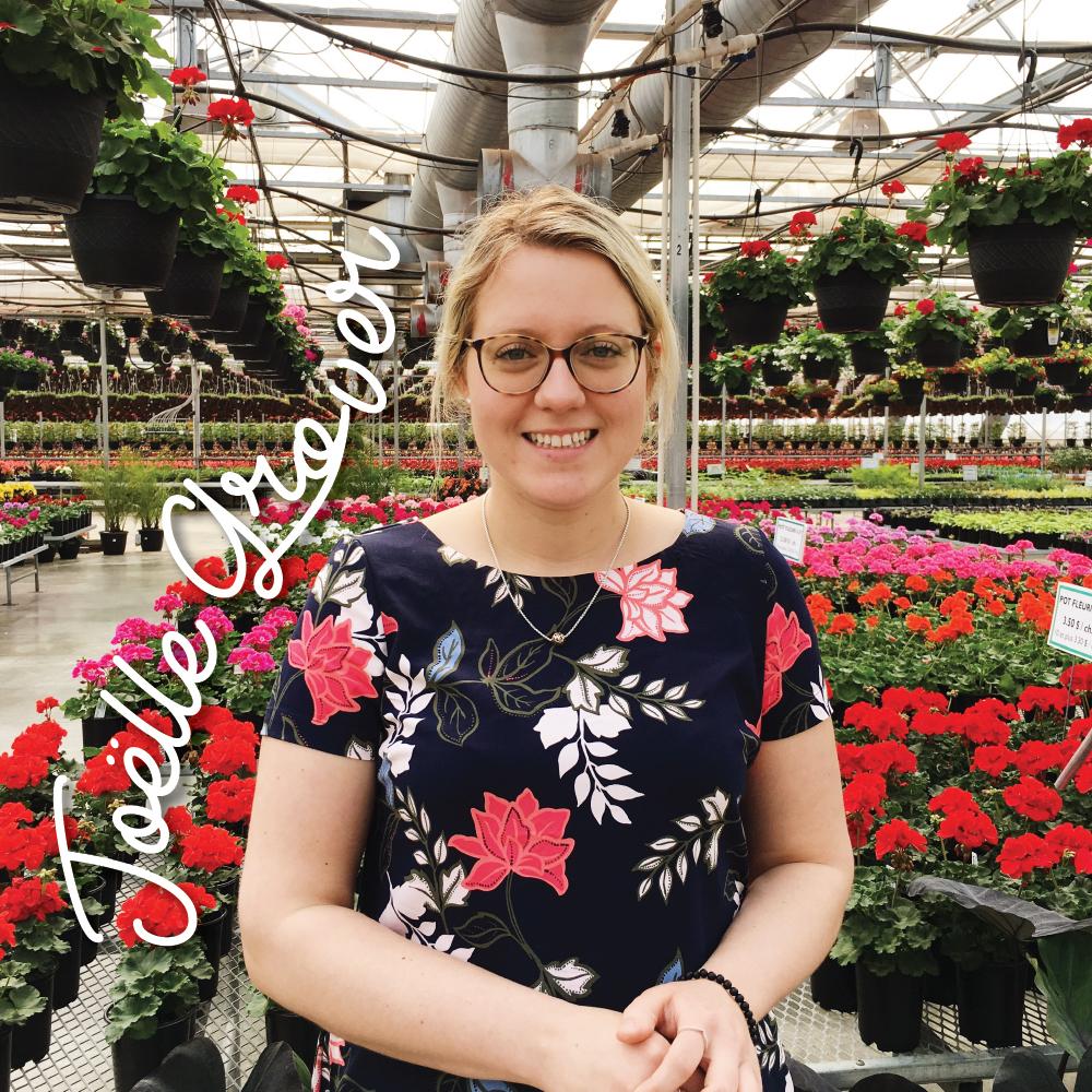 Joëlle Grover - Elle a failli prendre un autre chemin professionnel mais il a suffit que de quelques jours à l'Université pour confirmer que sa place était parmi les siens. Le Centre de jardin, c'est comme son (troisième) bébé.