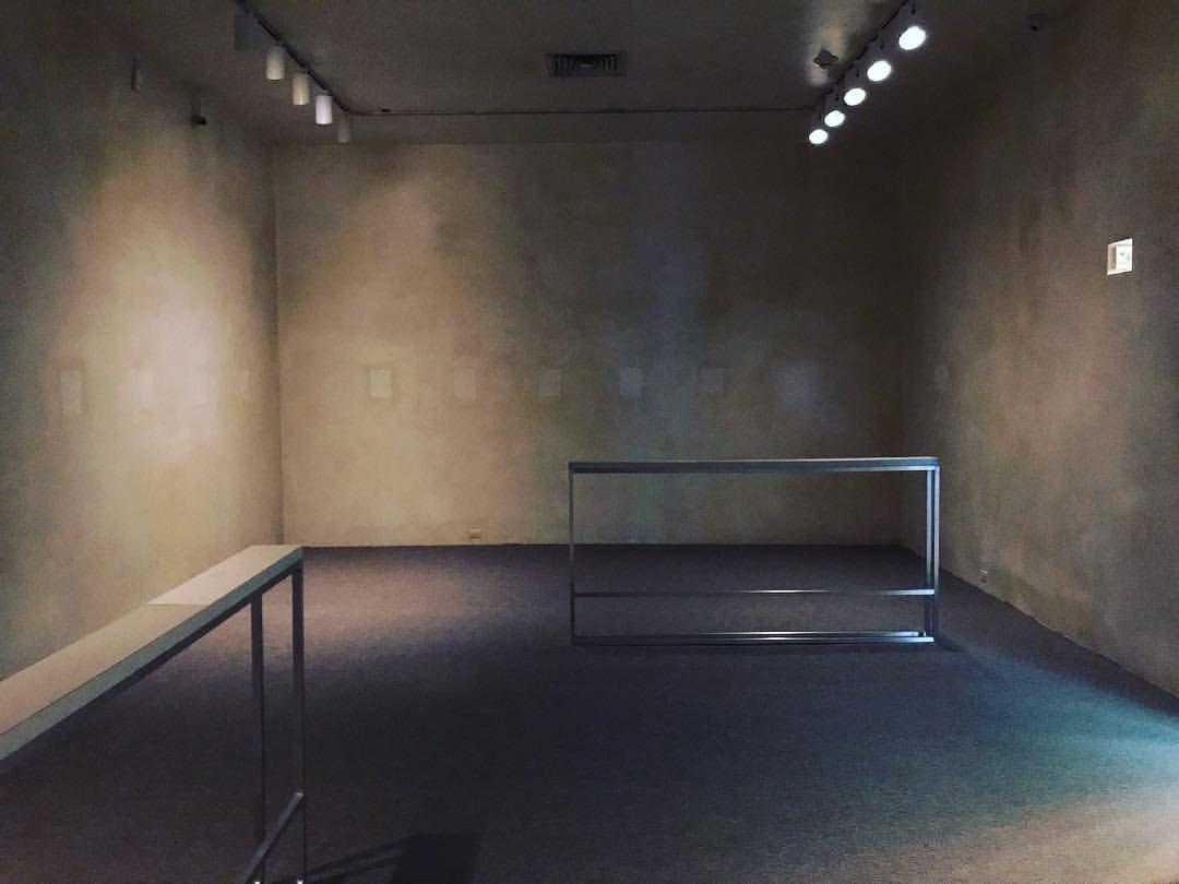 Dora Budor 80 WSE NYU Gallery2.jpg