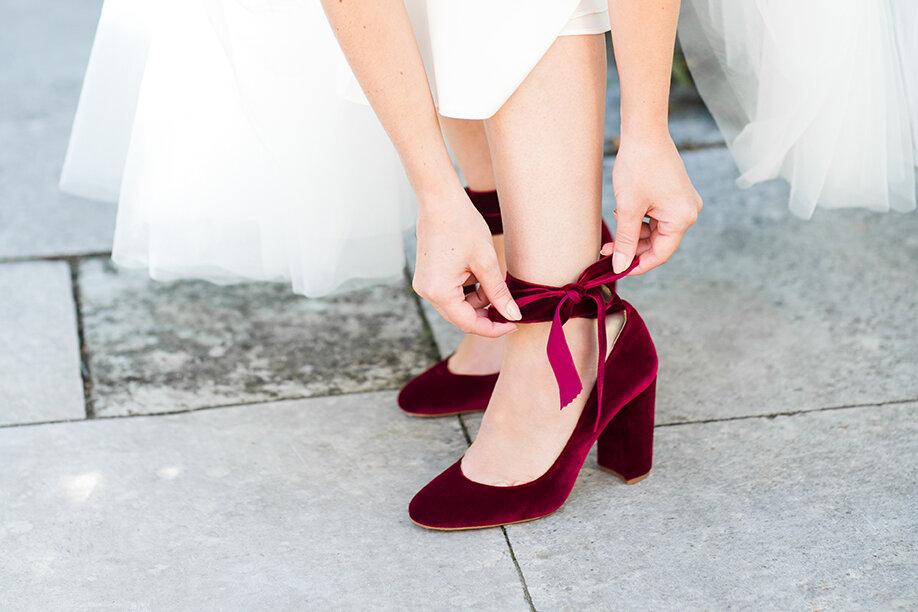 Wedding-Shoes-by-Harriet-Wilde-Hetty_Bow_Tie-Harriet-Wilde-19-89_LR.jpg