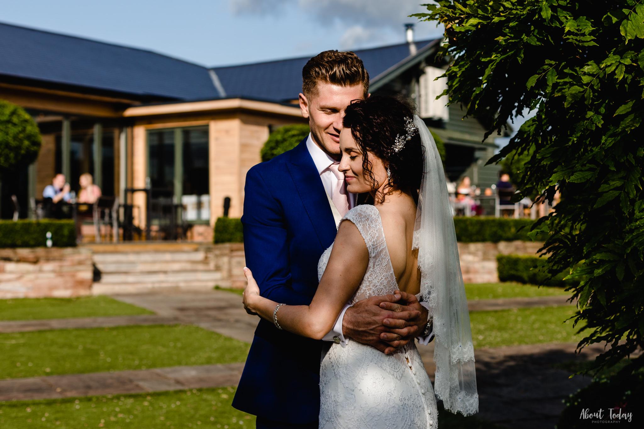 Kate&Anton-Wedding-753-2.jpg