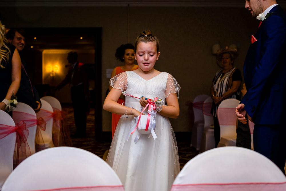 Cheryl-Rob-Marriot-Worsley-Wedding-Photographer-11.jpg