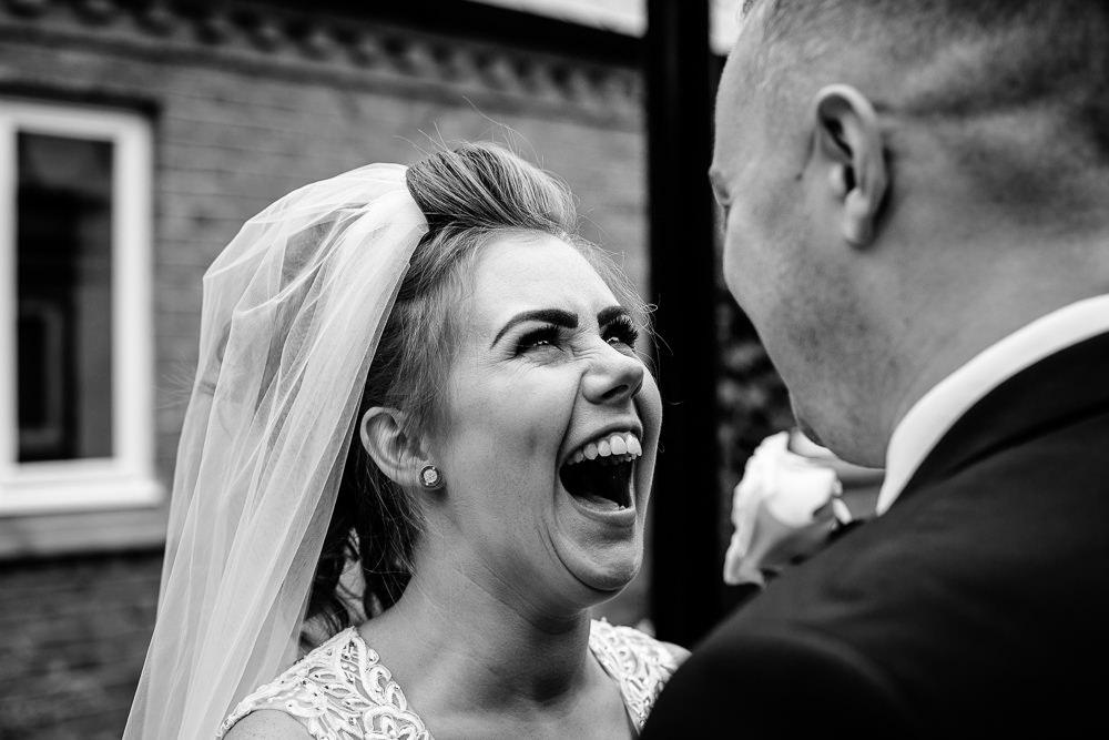 Cheryl-Rob-Marriot-Worsley-Wedding-Photographer-25.jpg