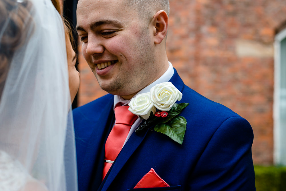Cheryl-Rob-Marriot-Worsley-Wedding-Photographer-27.jpg