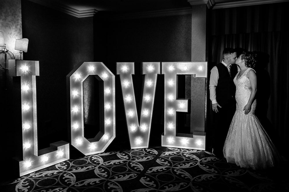 Cheryl-Rob-Marriot-Worsley-Wedding-Photographer-48.jpg
