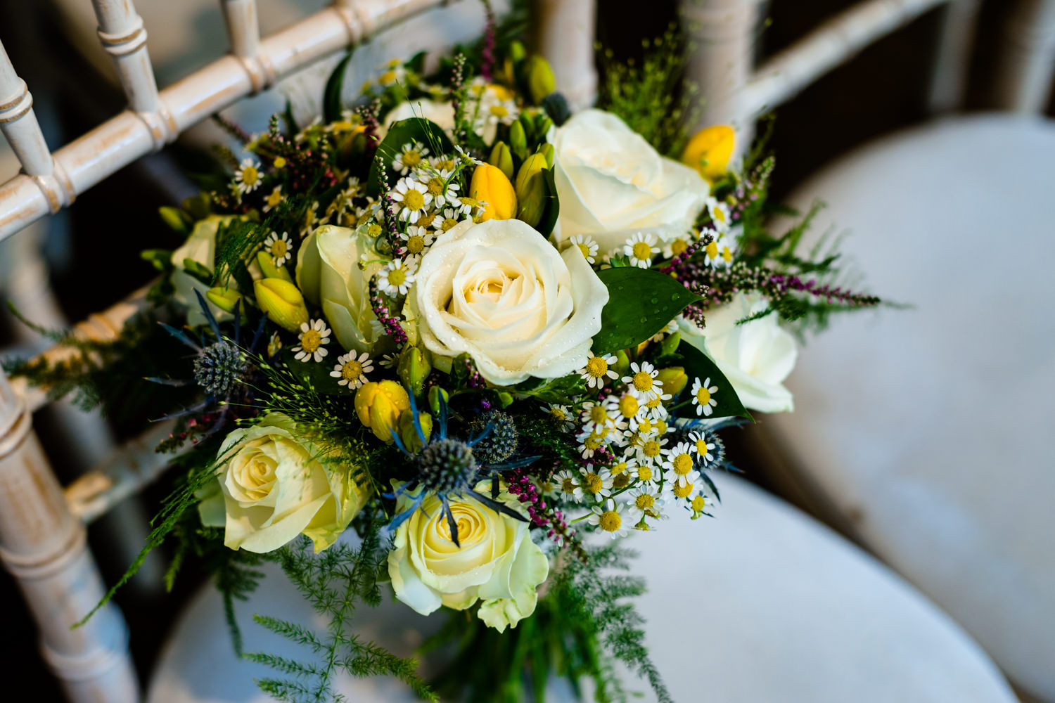 Wild flowers for relaxed wedding