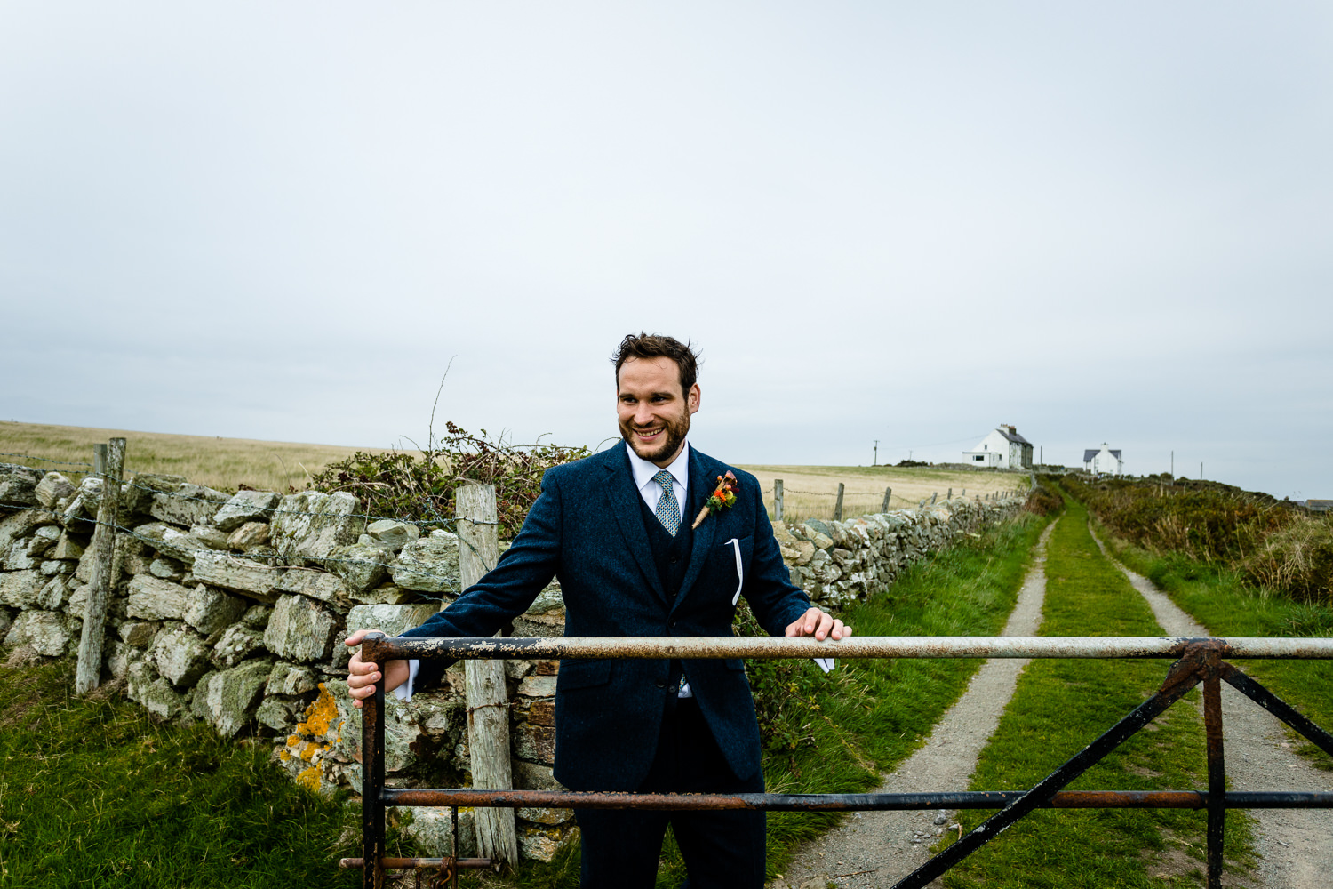 Stef-Simon-Anglesey-wedding-photogrpher-85.jpg