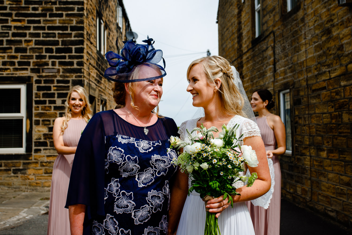 Katie-Luke-Huddersfield-wedding-photographer-Katie-Luke021.jpg