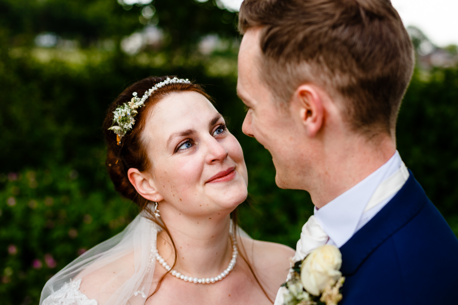 Lancashire-wedding-photographer-adele-and-alex-125.jpg