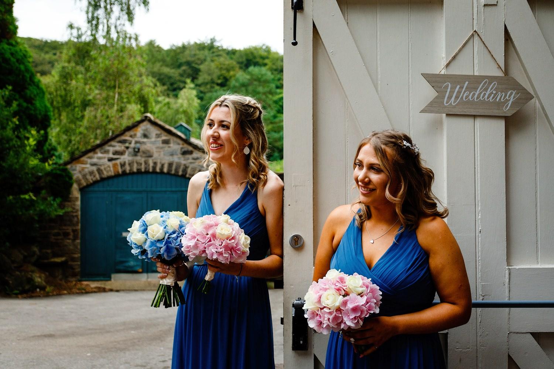 Jamie-Bekah-Sheffield-wedding-photographer-10.jpg
