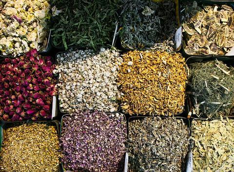 dried_herbs_large.jpg