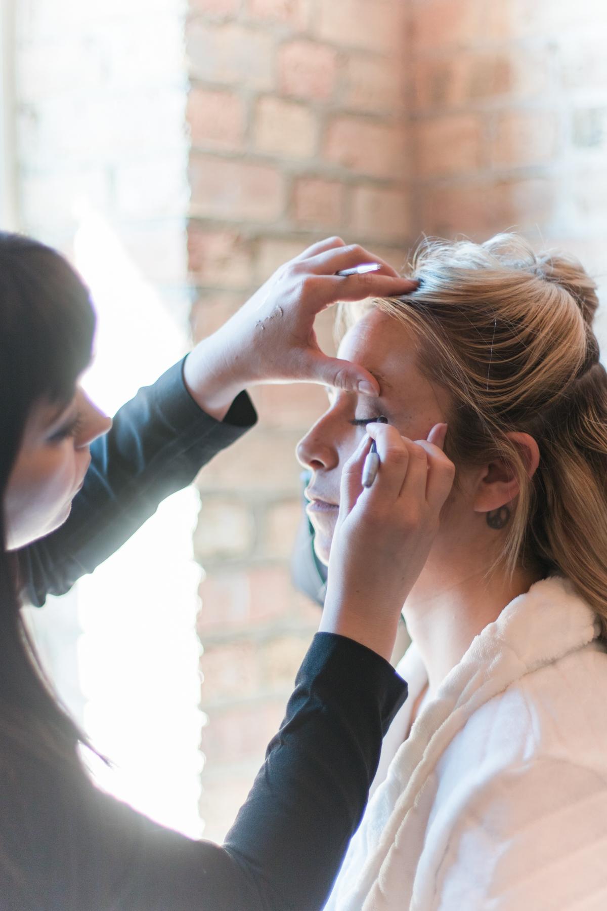 Salon V Make-up