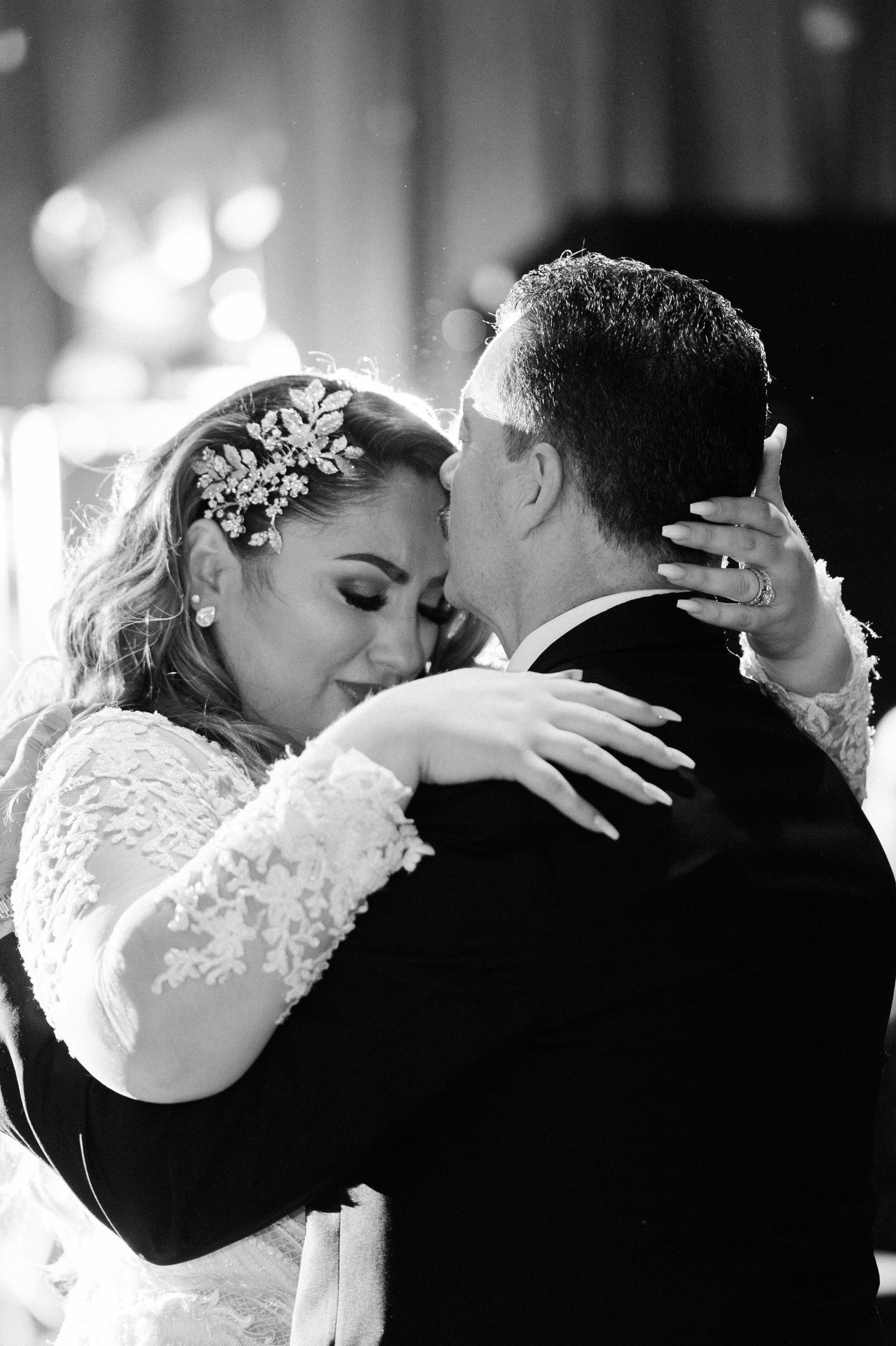 Bonphotage Chicago Film Wedding Photography