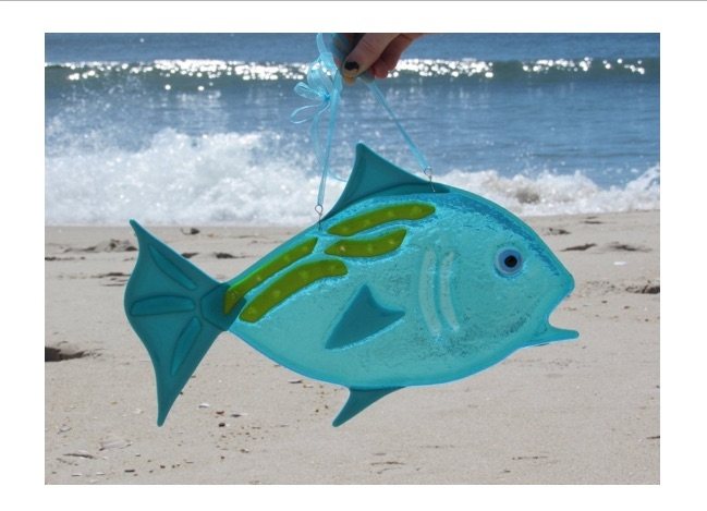 """Pictured here is a 15"""" x 10"""" fish that you can make at SwellColors October, 6.7. or 8, 2018."""